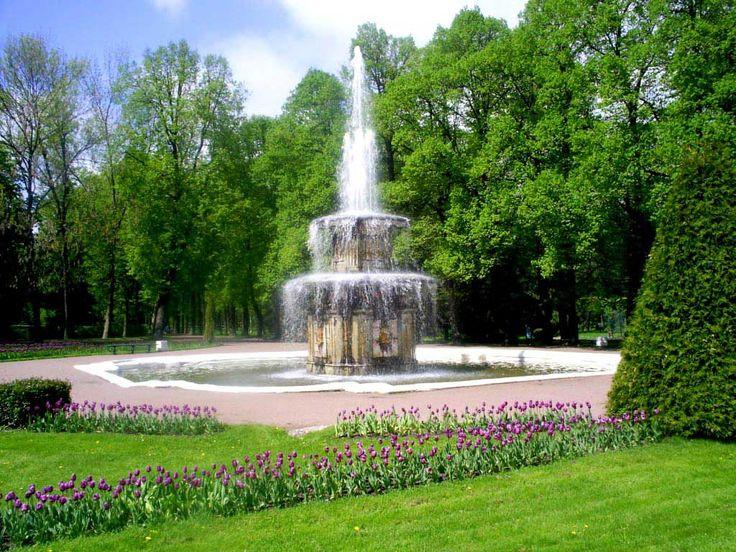 заставки для мобильных телефонов - Сады: http://wallpapic.ru/architecture/gardens/wallpaper-24677