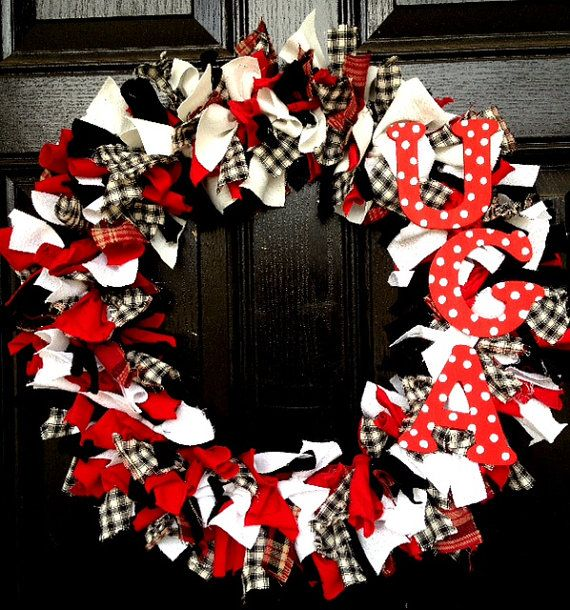 UGA Football Team, Georgia Bulldogs Wreath on Etsy, $38.00
