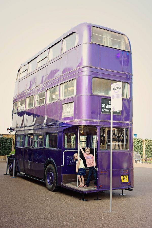 世界のかわいいバスまとめ ハリー・ポッターのバス