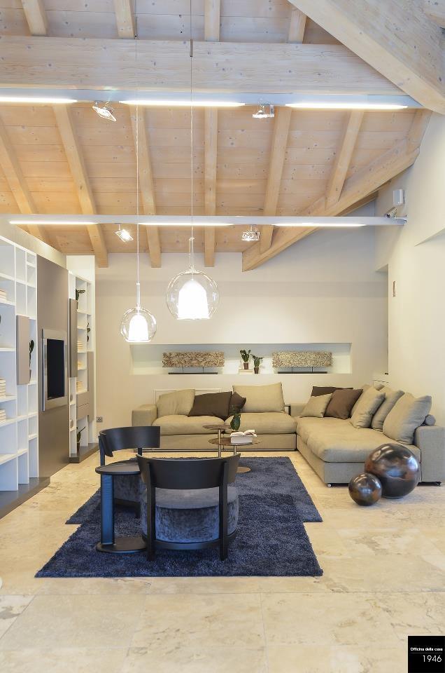Un esempio di salotto: vedrete questo e molto altro nel nostro showroom. 3 piani di suggestioni e spunto per trovare l'idea giusta per la vostra casa.