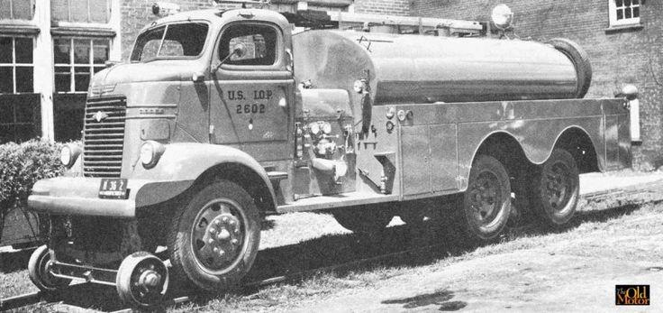 Auto-Railer camion de pompier militaire 1