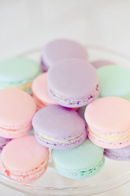 Image discovered by Yolanda Arenas. Find images and videos about pastel, food and macaroons on We Heart It - the app to get lost in what you love.