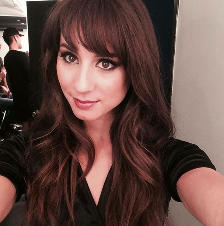 Spencer Hastings dark hair and bangs.