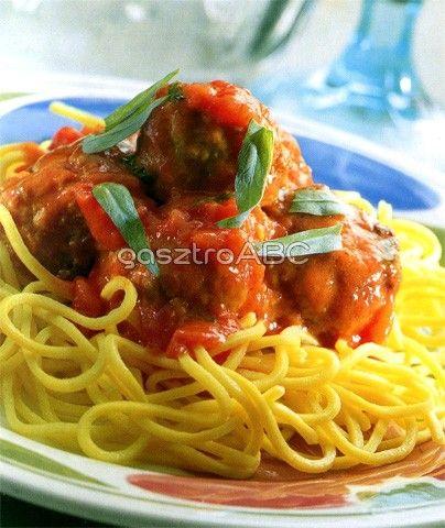 Spagetti paradicsommártásban főtt húsgombóccal | Receptek