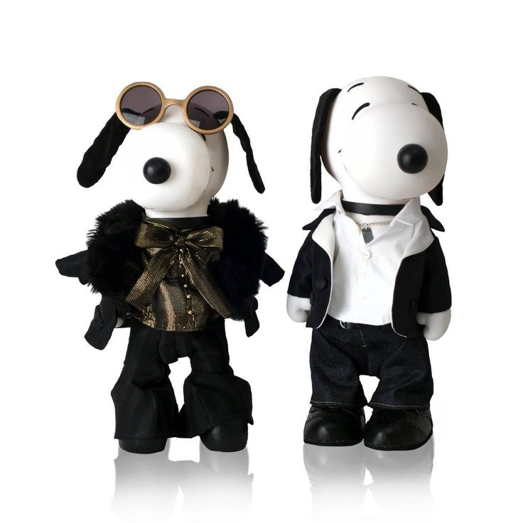 Snoopy and Belle In Fashion Exhibit With Jill Schulz + Melissa Menta http://mythoughtsideasandramblings.com/snoopy-belle-fashion-exhibit-jill-schulz-melissa-menta/