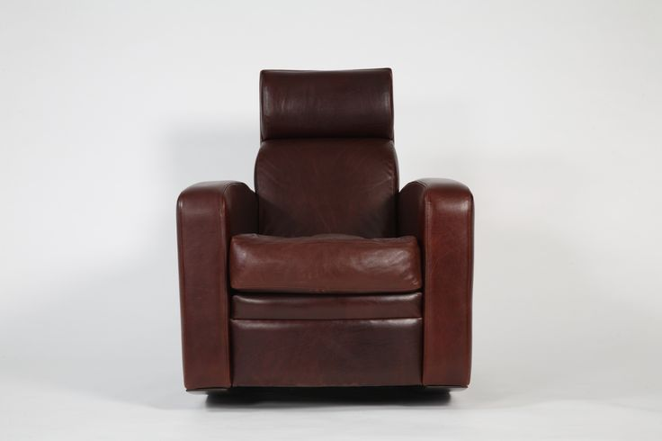 Classic Tobacco club chair with high back