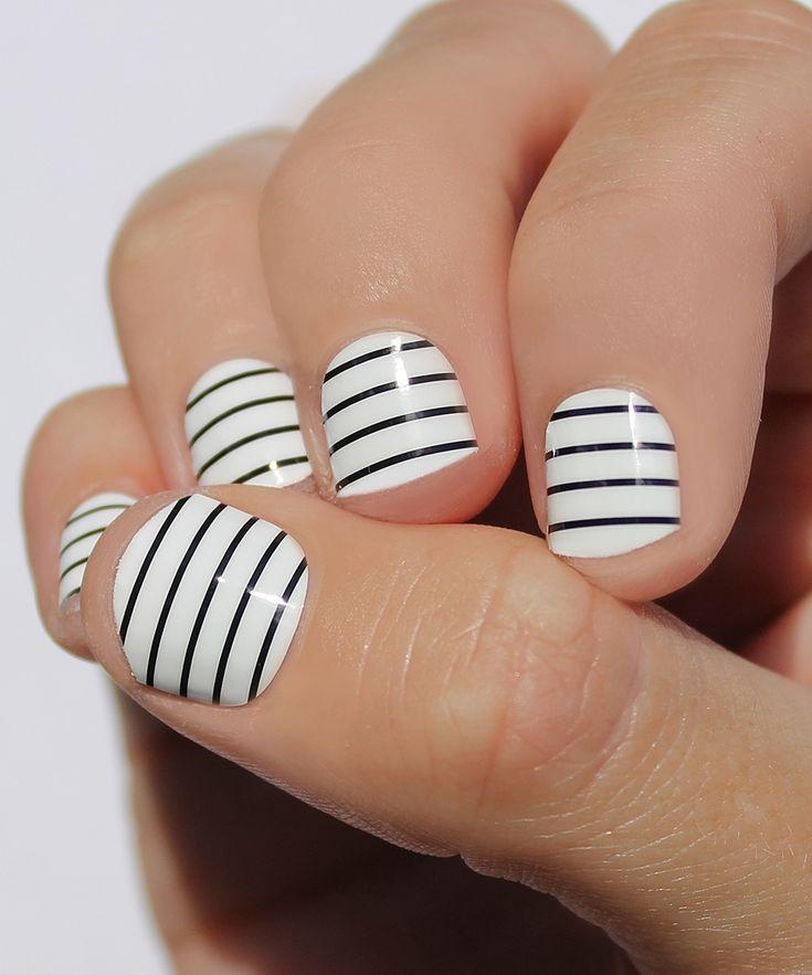 Black & White Skinny Stripe Nail Wraps