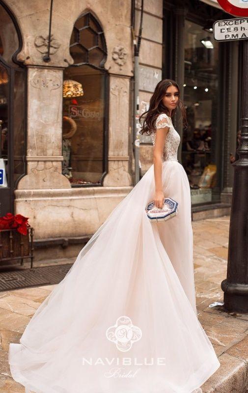 ab9a32626860301 Приглашаем невест в салон свадебной и вечерней моды