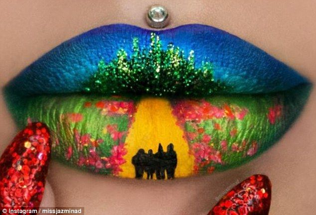 Follow the Yellow Brick Road:In a tribute to the Wizard of Oz, Jazmina also recreated a l...