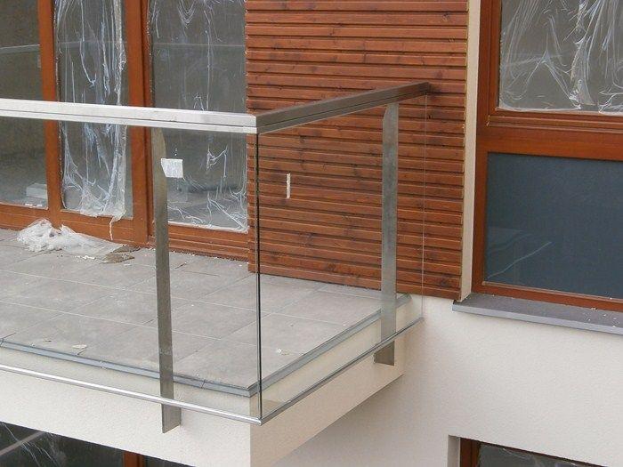 48. balustrday balkonowe