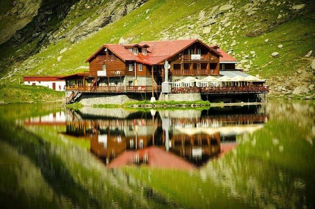 Balea Lake, Romania !
