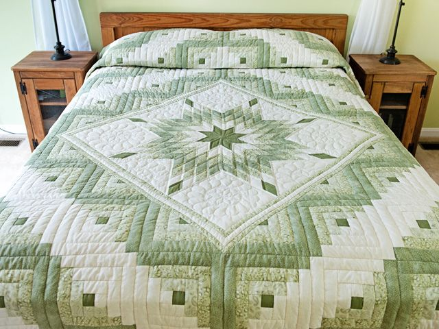 Soft Greens and Cream Lone Star Log Cabin Quilt. Absolutely stunning. No-one does it better than the Amish