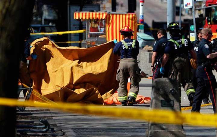 Al menos nueve personas han muerto como consecuencia del atropello de una decena de personas en la ciudad canadiense de Toronto.