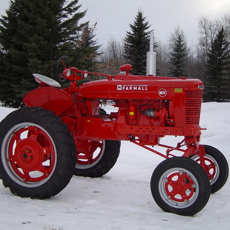 Do you think 1949 Farmall MV deserves to win the Steiner Tractor Parts Photo Contest?  Have your say and vote today for your favorite antique tractor photos!