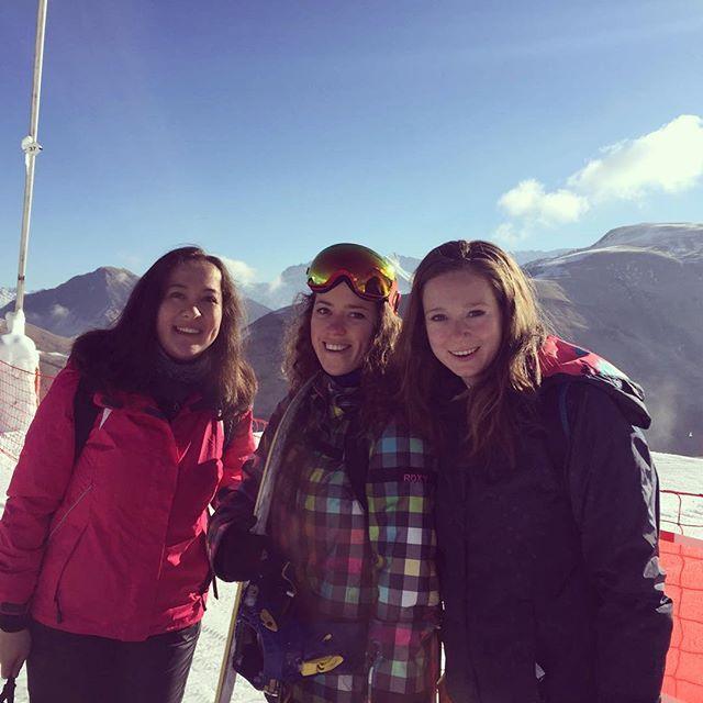 Liefde van deze berggeiten #love #wintersport #apresski #biermetlimoenfriet 🏂❄️❤#snowboarding