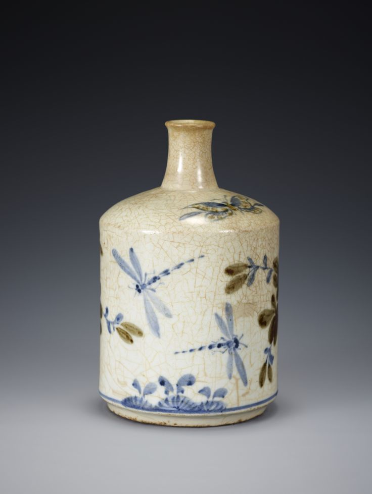 Blue and White Porcelain Bottle Joseon Dynasty, 19th century