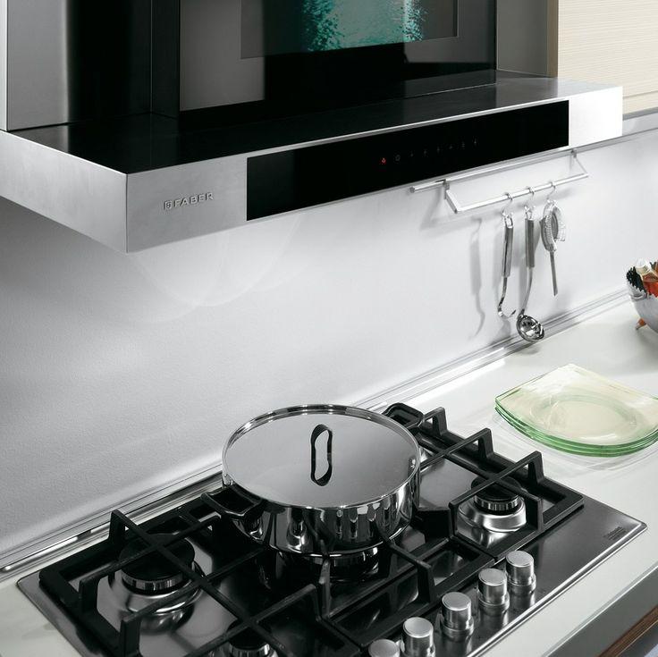 I fornelli #HotpointAriston della #CucinaAida nella versione Noce
