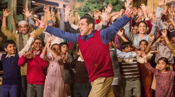 It's a wrap for Salman Khan's Tubelight, Kabir Khan announces on Instagram. #Tubelight #Salman #Bollywood http://www.glamoursaga.com/salman-khans-film-tubelight-has-wrapped-up/