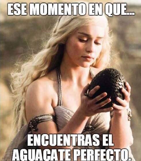 Daenerys, madre de dragones y especialista en en guacamole        Gracias a http://www.cuantocabron.com/   Si quieres leer la noticia completa visita: http://www.estoy-aburrido.com/daenerys-madre-de-dragones-y-especialista-en-en-guacamole/