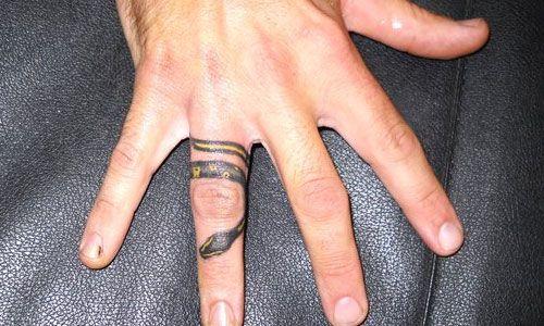 30 Lovely Ring Finger Tattoos | Creative Fan
