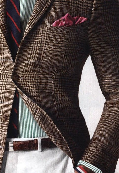 I have a sportscoat like this-I think a tie like this. W/o pocket sq and I'm set!