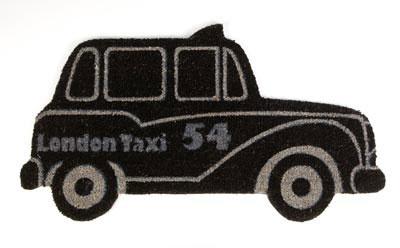 Felpudo original de fibra de coco con base antideslizante con forma de taxi de Londres.  www.tatamba.com