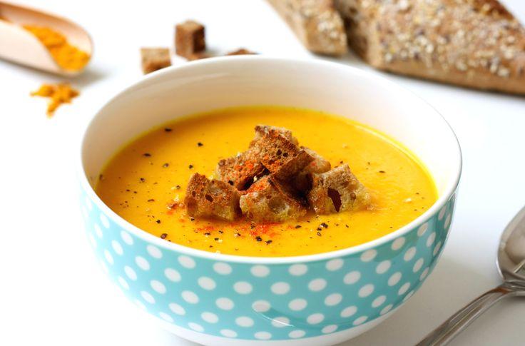 Carrot curcuma soup
