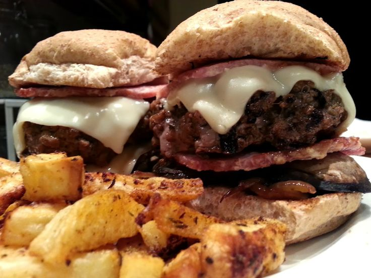 Bacon and Mushroom Cheeseburger