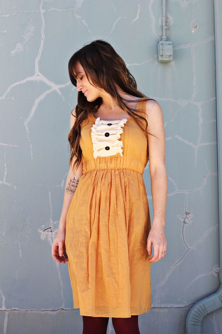 learn how to make this dress.  It is so easy I can make it!  Love a beautiful mess.