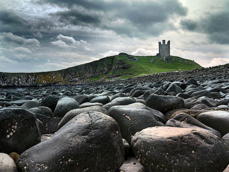 Dunstanborough-Castle, Northumberland, England.