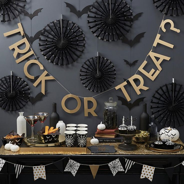 decoration creepy halloween party table decoration trick or treat garland spider web stripe polka dots flag - Halloween Party Table Decorations