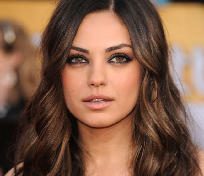 LOVE her makeup...and hair color if i ever go dark: Hair Ideas, Hairstyles, Hair Styles, Mila Kunis, Haircolor, Colors, Hair Makeup, Brown Hair, Hair Color