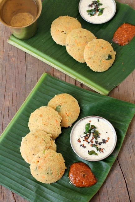 Oats Idli with coconut chutney