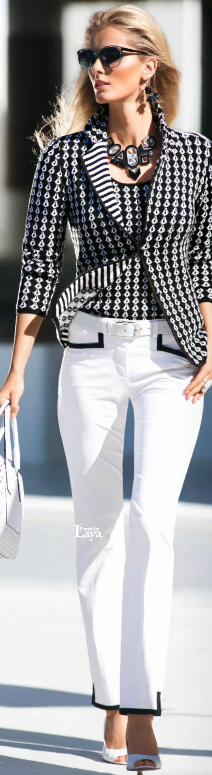 black blazer jacket, white jeans. Classic street #women #fashion outfit #clothing style apparel @roressclothes closet ideas