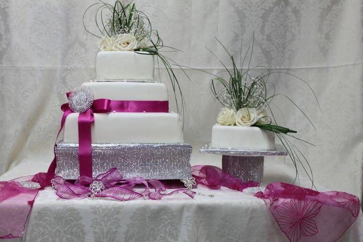 TORTEN -Englische Torten( Quadratisch ) Свадебный Торт. Hochzeitstorte. Weddingcake. Pink Hochzeitstorte Pink weiß.  Hochzeitstorte.Свадебный Торт