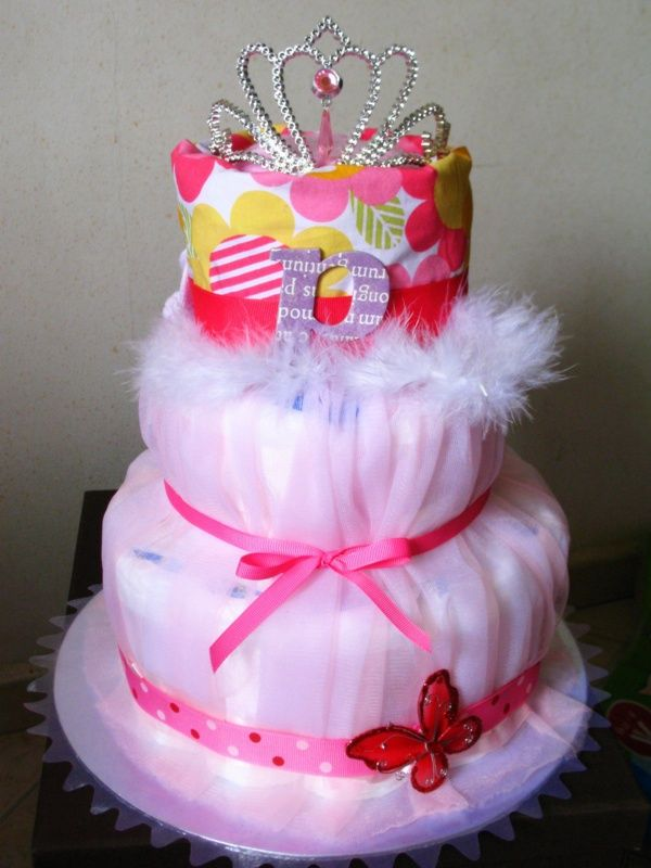 diaper cakes make great baby shower gifts how to make. Black Bedroom Furniture Sets. Home Design Ideas