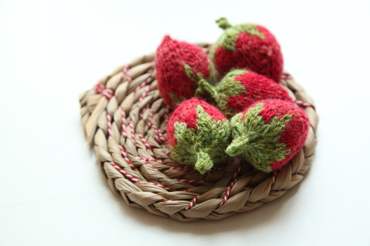 Knitted stawbs on plaited rush mat with Bakers twine