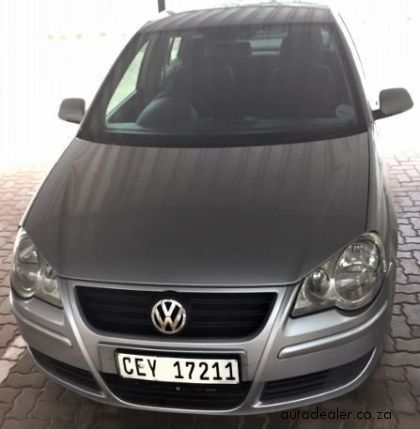 Price And Specification of Volkswagen Polo Classic 1.6 Comfortline Special Edition For Sale http://ift.tt/2BjWg3b