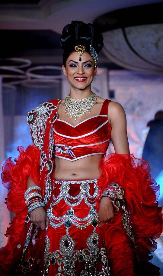 Sushmita Sen #Bollywood #Fashion