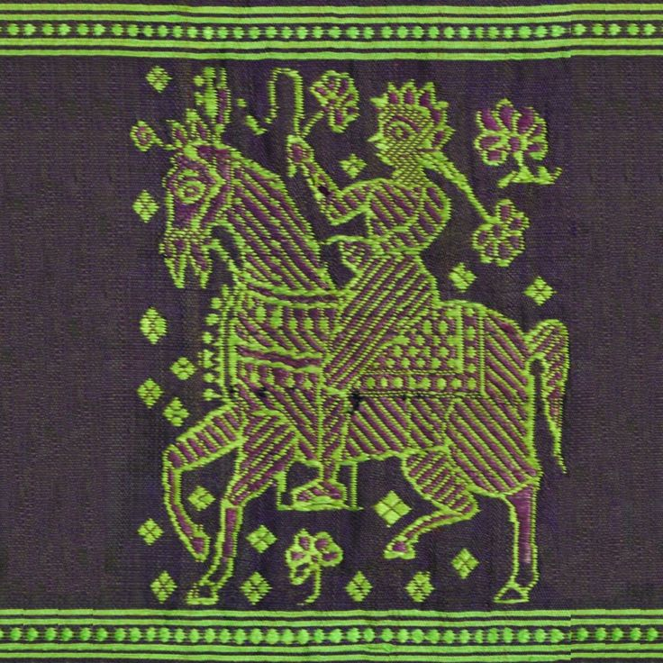 A Man, possibly a Nawab or  European riding a horse, was a common sight during that time, got reflected in the motif of the saree.
