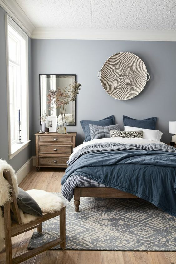 wohnideen schlafzimmer graue wände und textilien in