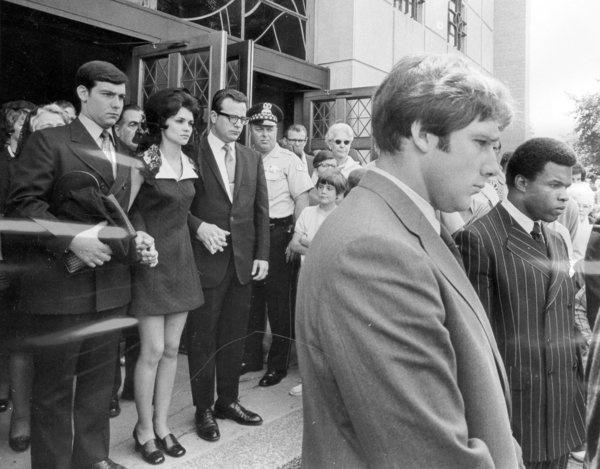 1970: The funeral of Brian Piccolo  ( Chicago Tribune archive photo / September 5, 2012 ). Piccolo's wife on the left; Gale Sayers at far right.