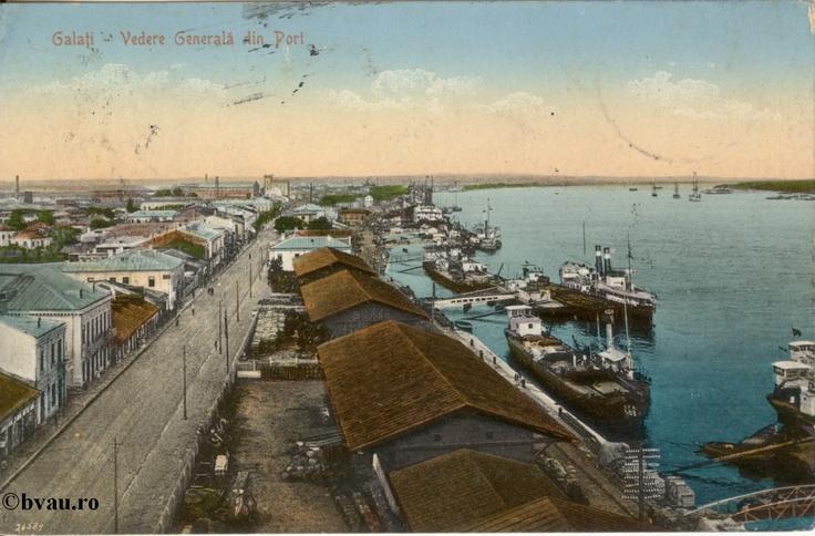 """Vedere generală din Port, Galati, Romania, anul 1914.  Imagine din colecţiile Bibliotecii Jedeţene """"V.A. Urechia"""" Galaţi."""