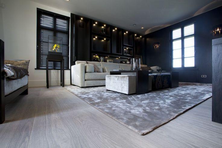 Exclusieve eiken houten vloer in woonkamer martijn de for Interieur vloeren