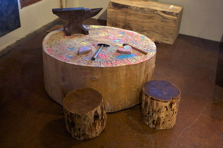 1000 images about logs tables stumps stools on for Stump furniture making
