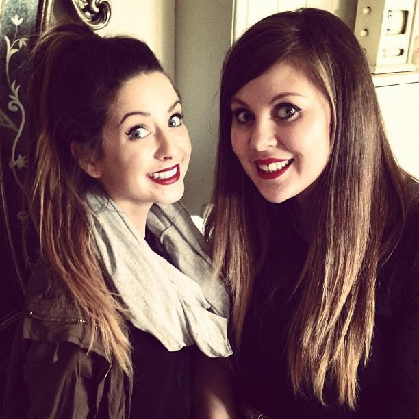 Zoella and SprinkleofGlitter chummys 4 life!!