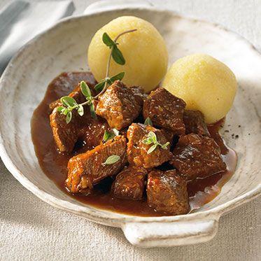 Rindergulasch klassisch Rezept | Küchengötter (German Food Recipes)