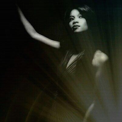 Singer Capture