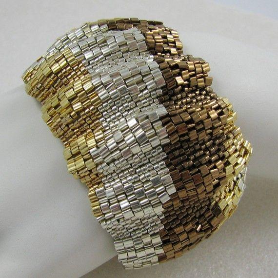 Metalli misti in largo ondulato colore nastro Peyote bracciale (2539)