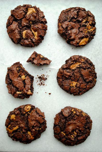 anneauchocolat Disse double chocolate chip cookies bliver din nye dejlige vane. Chokoladerige, knasende sprøde...